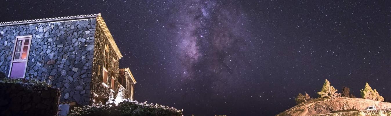 La casa del volc n fuencaliente turismo de estrellas stars island la palma - La casa del volcan ...